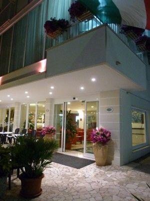 Ingresso Hotel Atlas Cattolica